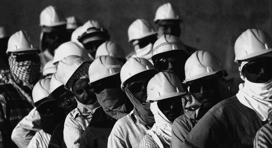 1774773_workers-in-qatar